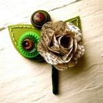 Boutonniere Book Page Rose ..